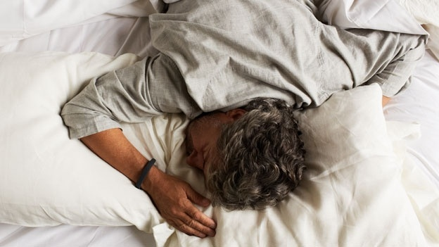 How does your fitness tracker know when you're asleep? · Exist